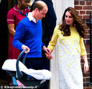 1430633462_kate_middleton_principe_william_uscita_clinica